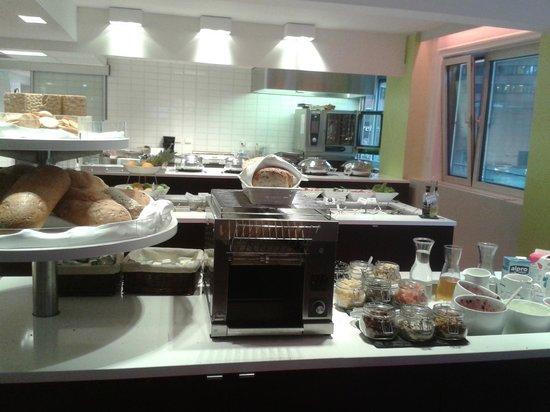 Thon Hotel Munch: Breakfast room