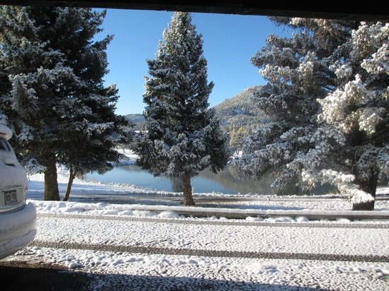 Discovery Lodge: The view from our cabin - beautiful