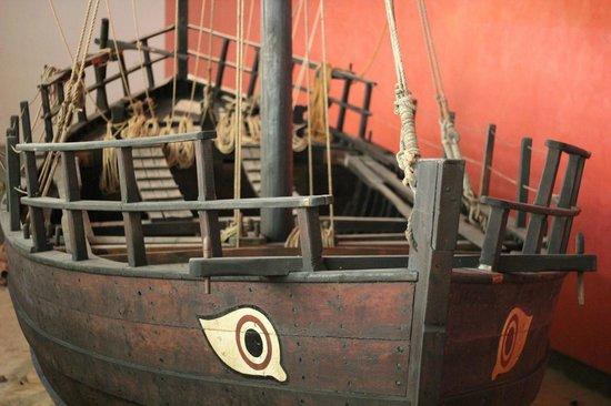Thalassa Municipal Museum: Корабль