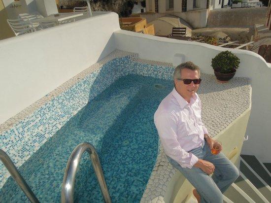 Villa Renos : Small pool area