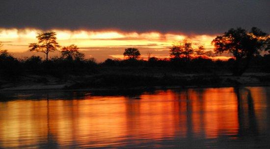 Pioneers Camp : a `kaleidoscope of amazing colours` - a typical Zambezi sunset