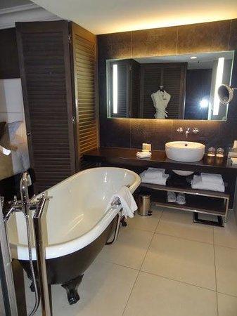 Salle de bain picture of intercontinental marseille Salle de bain marseille