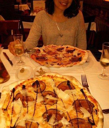 La Tagliatella: Pizzas melanzane con berenjena caramelizada