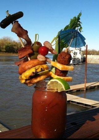 Creve Coeur, Ιλινόις: Shipwreck Bloody Mary-available on Sunday!!