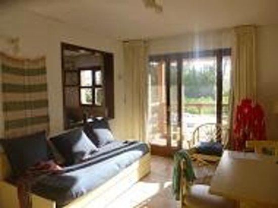 Rincon del Este Seaside Resort: Living Comedor con un sillon cama