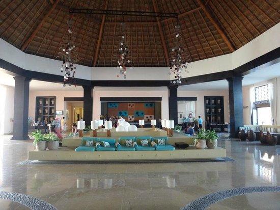 Ocean Coral & Turquesa : Lobby côté turquesa