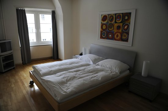 Altstadt Hotel Krone Luzern: Спальня