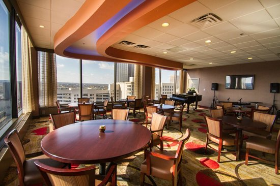 crowne plaza dayton updated 2018 hotel reviews price. Black Bedroom Furniture Sets. Home Design Ideas
