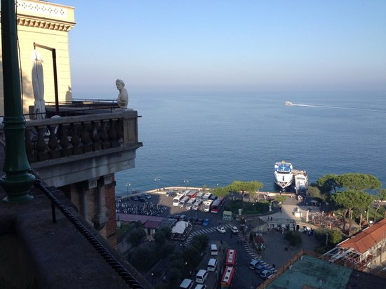Grand Hotel Excelsior Vittoria: The view at breakfast