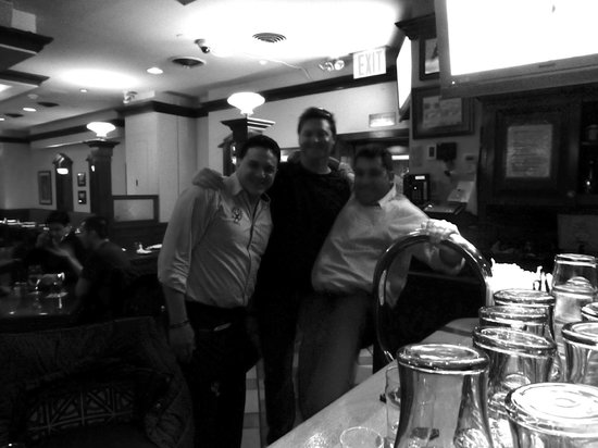 Connolly's Pub & Restaurant: Good times in Connollys