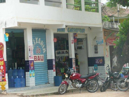 Peroba Villa Hotel: negocio al frente