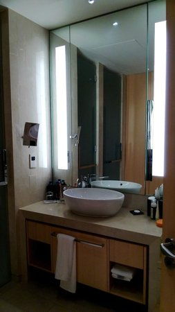 The Meydan Hotel: ванна