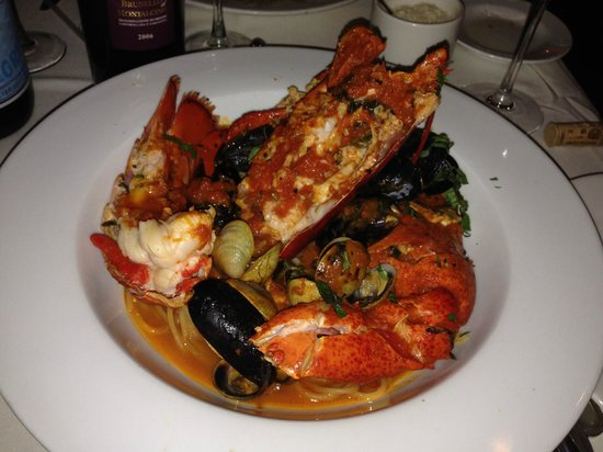 Columbus Park Trattoria: Lobster pasta dinner - incredible