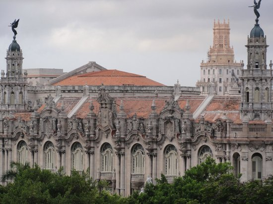 Gran Teatro de La Habana: Widok z tarasu restauracji Hotelu Plaza