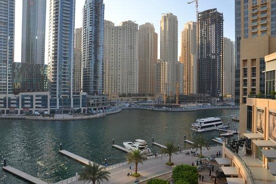 Не далеко от отеля - Picture of Marina View Hotel ...