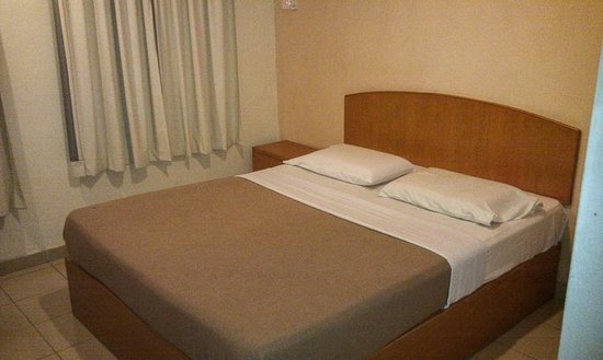 Hotel London: Single room