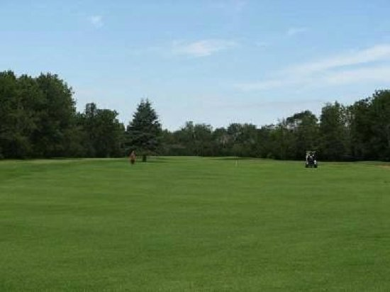 Eagle Plains, Canada: Gilbert Plains Country Club
