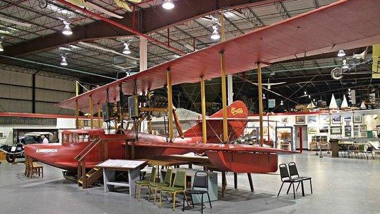 Hidroavi n picture of glenn h curtiss museum for Euro motors harrisburg pa
