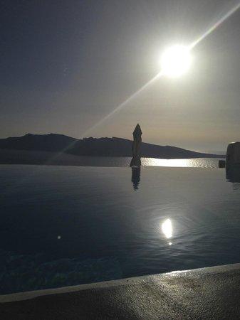 Kirini Santorini: View from our lounger!