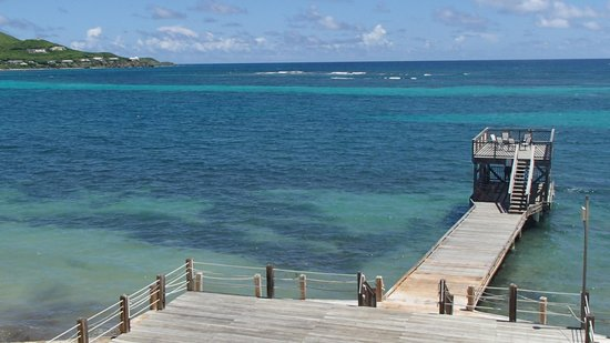 Divi Carina Bay All Inclusive Beach Resort: Pier off the beach