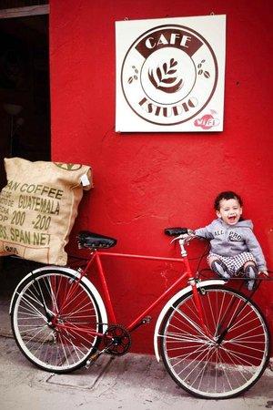 Cafe Estudio : & Joy coffee lovers...