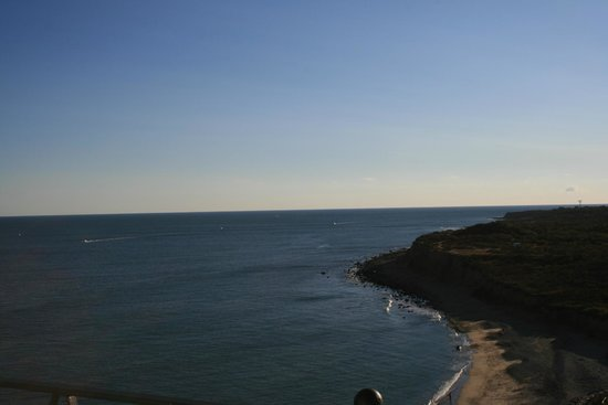 Montauk Point Lighthouse: the view to the south