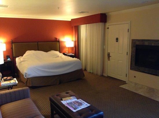 Best Western Plus Arroyo Roble Hotel & Creekside Villas: Roble North room