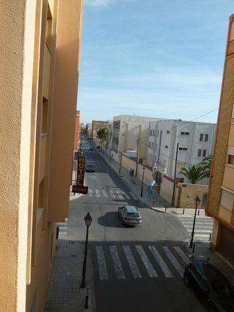Hotel Beleret: Calle de Campamento