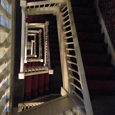 Hotel Union Square: Stairs