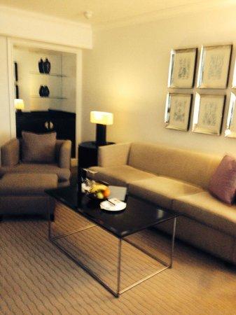 Hyatt Regency London - The Churchill : Our room