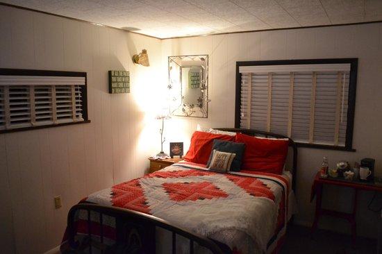 The Inn on the Gallatin: Cabin #7