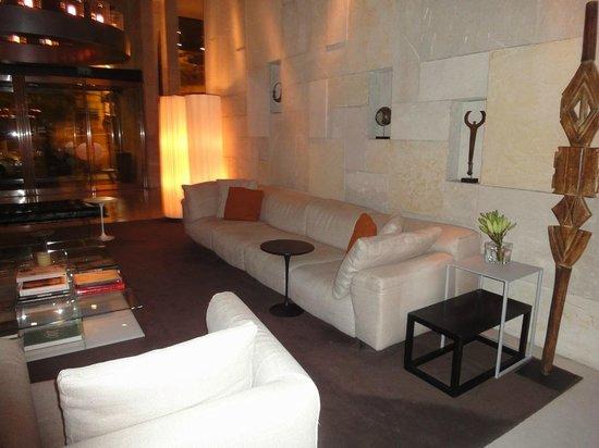Mamilla Hotel: Lobby View
