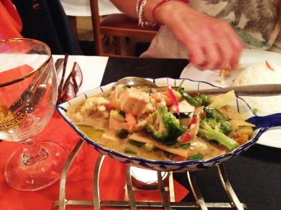Restaurant Golden Thai Food: Granddaughter's meal