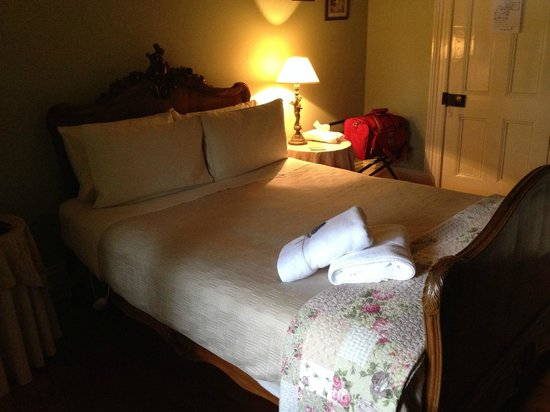 Erindale Guest House: Rooms are neat and tidy.