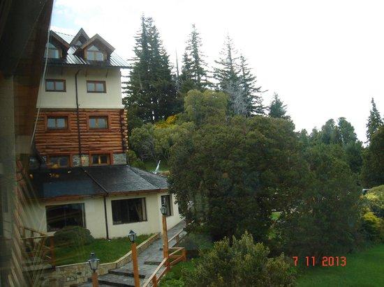 Intersur Amancay: jardín del hotel