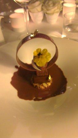 Mosconi : Émotion de chocolat, noisettes de piemont!