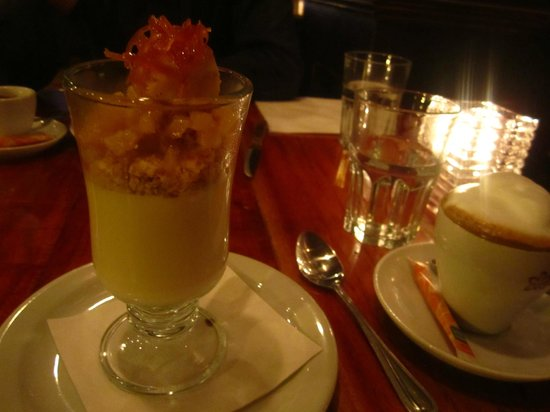 Bidon Taverne Culinaire: Panacotta Antillais, with a cookie crumble and caramelized pineapple
