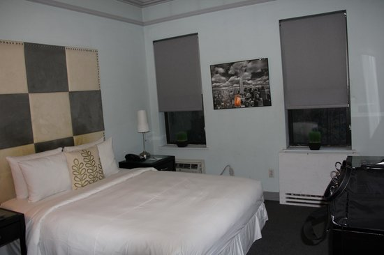 414 Hotel: SPOTLESS, roomy room in Manhattan