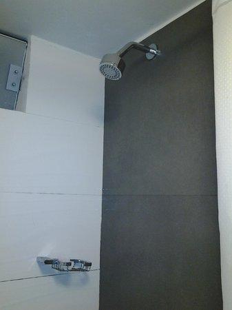SM Hotel & Business: boa ducha
