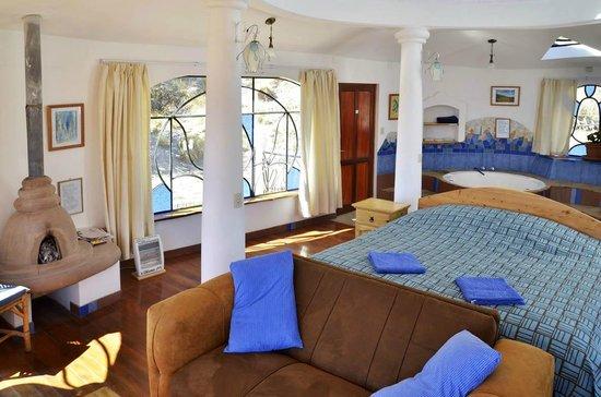 Hotel La Cupula: Suite Executive con Excelentes vistas, jacuzzi, cocina, TV