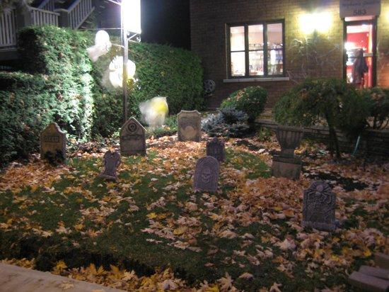 St-L: Halloween decoration