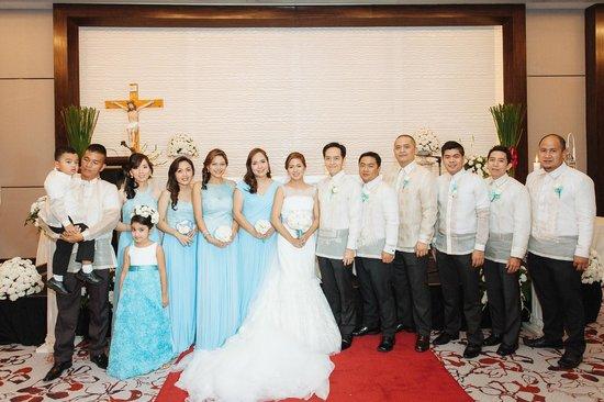 Radisson Blu Cebu: With some of our Entourage