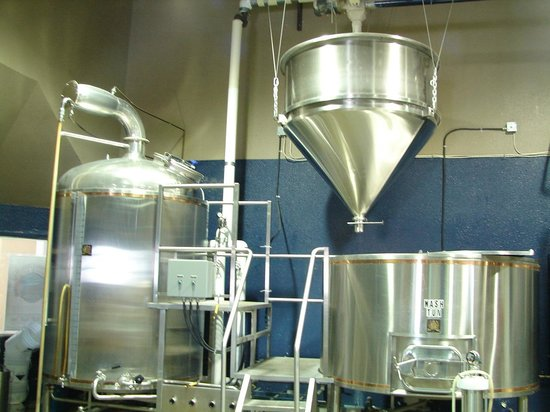 Brewery Tour of Cannery Brewing