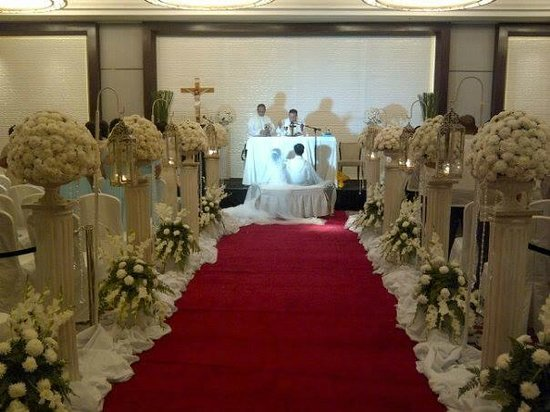 Radisson Blu Cebu: The Ceremony Venue - Nina Ballroom