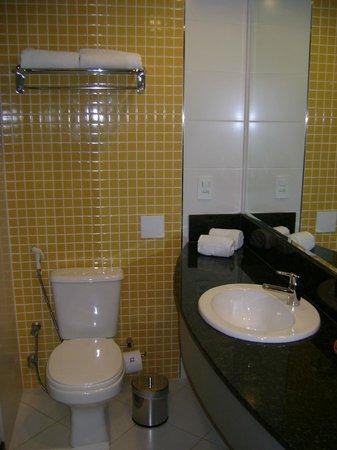 Bristol Alameda Vitoria: Banheiro