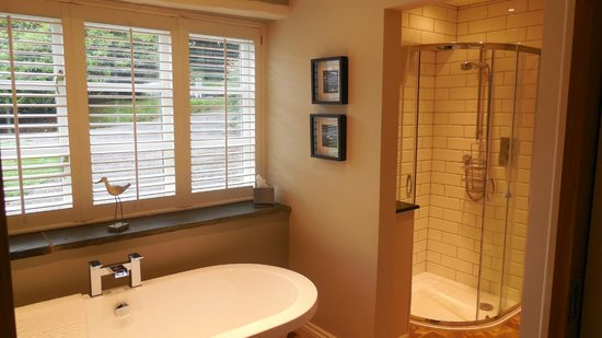 The Old Rectory Hotel: Bathroom - just shut blinds!