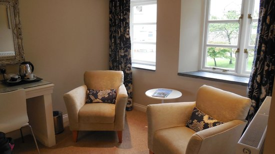 The Old Rectory Hotel: Sitting Area A