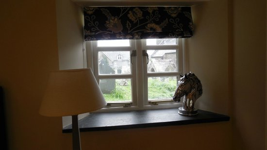 The Old Rectory Hotel : Beautiful window