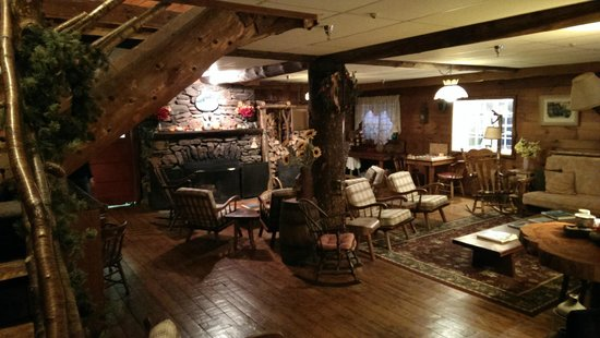 Inn at Long Trail: Common Area
