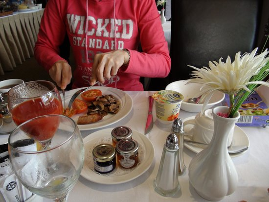 Pitbauchlie House Hotel: breakfast